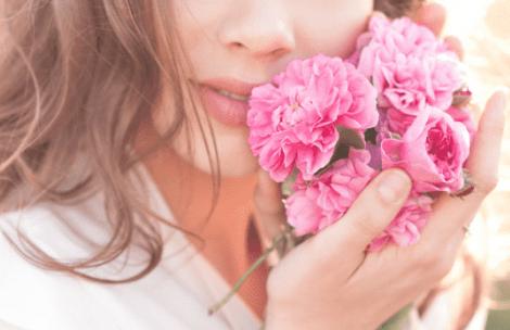 Rosenwasser aus Rosenblüten Damascena
